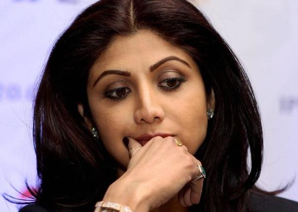 Shilpa Shetty for non-pregnancy clause in actress contracts