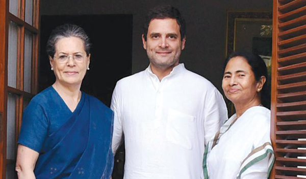 Rahul writes to Mamata, hopes show of opposition unity will send strong message