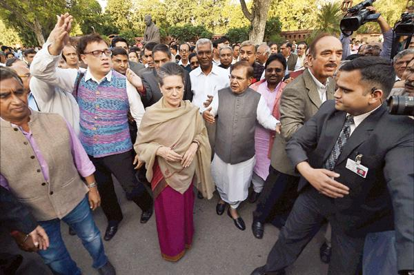 March in March! Sonia Gandhi leads Opposition march against Land Bill