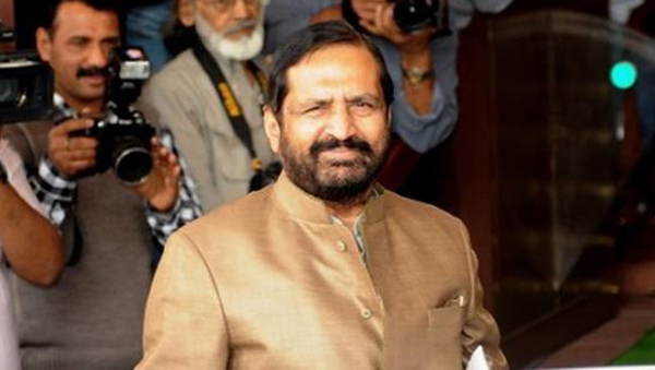 Chorus grows for Kalmadi, Chautalas removal from IOA