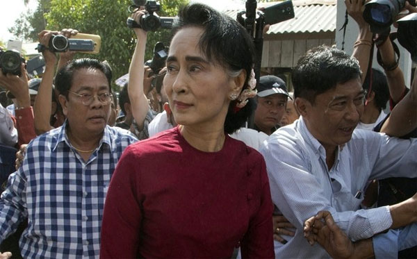 Suu Kyi calls for speedy rehabilitation measures in Rakhine state