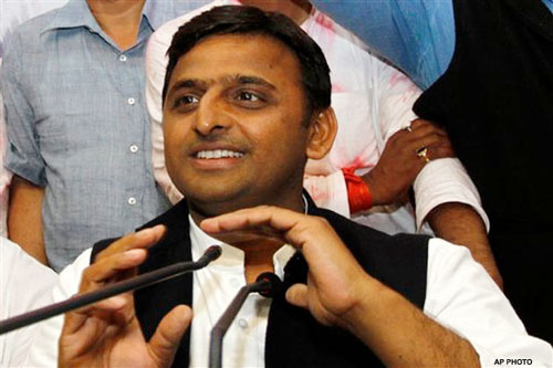 People have defeated communal forces: Akhilesh