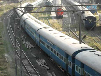 Smoke in AC coach of inter-city express triggers panic