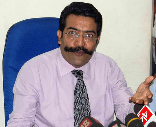 Rishi Raj Singh unhappy with govt's stand on seat belt drive