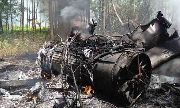 Two people killed in US F-16 jet, civilian plane collision