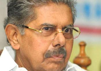 Sonia Gandhi approves Vayalar Ravi's candidature for RS poll