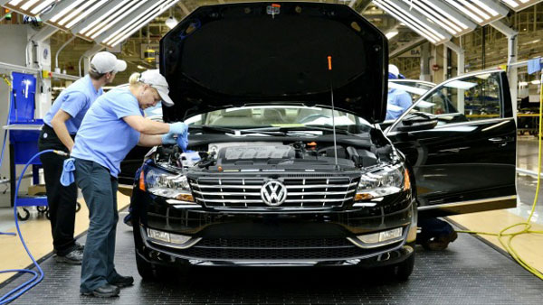 Volkswagen ordered to recall 2.4 mn cars in Germany