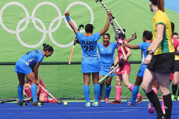 Indian womens hockey team holds Japan in Olympic opener