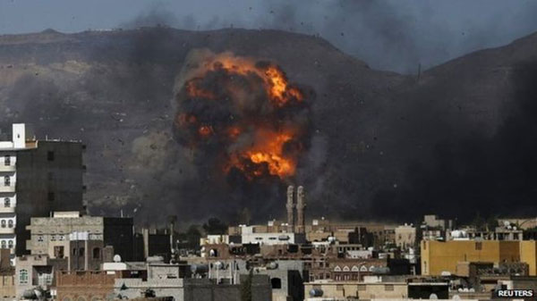 Saudi-led air strikes kill 100 in Yemen ahead of five-day truce